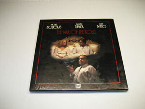 WAR OF THE ROSES Laserdisc Special Collector's Edition Boxset