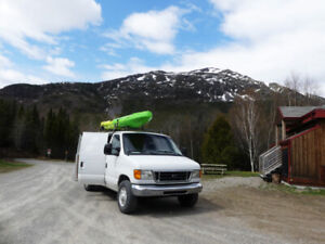 Ford E250 heavy duty converted off grid camper van + Kayak