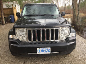 2009 JEEP LIBERTY $6,800 OR BEST OFFER