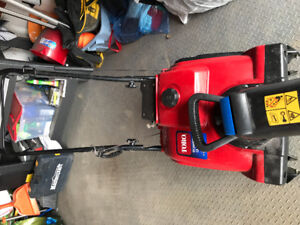 Toro power Clear 180 Snowblower