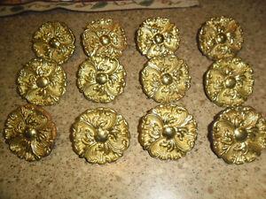 12 Brass door/drawer pulls
