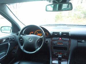 2001 Mercedes-Benz C320 Sedan