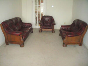 """3 PICS 95% NEW SOLID OAK """"BUFFALO"""" LEATHER SOFA SET, CAN DELIVER"""