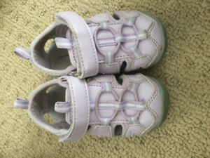 Size 5 toddler footwear
