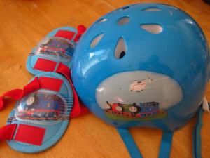 boy's bike helmet with protective pads