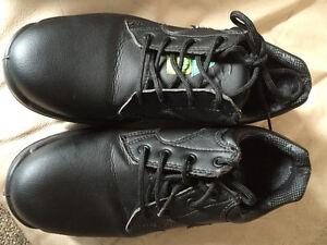 Steel toe, SD shoes black leather fits like womens 7