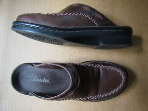 Clarks Brown Leather Women's Clogs Size 7