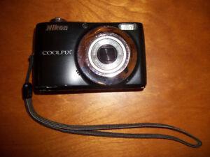 NIKON - Coolpix Digital Camera
