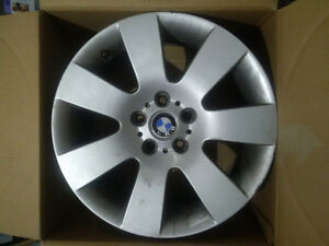 18 inch Aluminum Alloy Rims from BMW Xdrive car