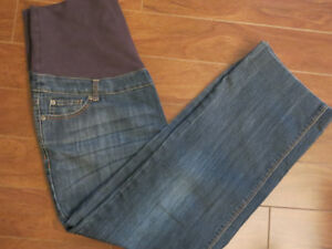 Thyme maternity jeans size medium