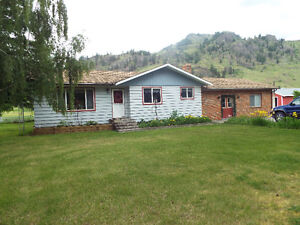 FOR SALE; 1976-1800SQ.FT. 3BR. RANCHER ON 5 CLEAN FLAT ACRES