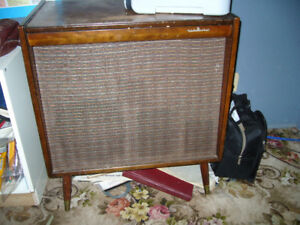ANTIQUE VICKING STEREO