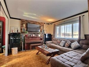 Open house: 4 rooms bungalow - full of upgrades in st-Hubert!
