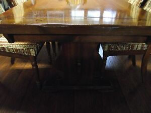 Solid Pine wood dining room table and 6  chairs .Reduced to $495 Peterborough Peterborough Area image 5