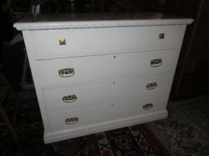 b ANTIQUE HEAVY WOODEN WHITE PAINTED DRESSER IN GREAT CONDITION