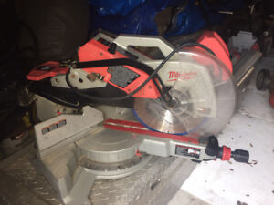 Milwaukee Power Saw and Stand