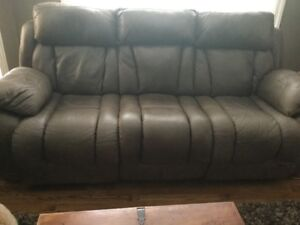 Like New Ashley Furniture Power Sofa & Manual Recliner Rocker Ch