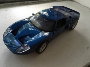 Motormax 1/24 Ford GT diecast model car voiture miniature