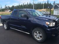 2011 Toyota Tundra Low Km's - Perfect condition Tax inc.