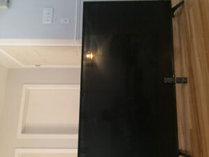 I just bought 60 inches LG salling as parts for 200$