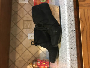Girls wedge boot size 13