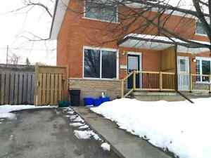 Shared house. Basement room with private bathroom in Hespeler