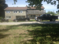 Orillia - Large family home with gym and swimming pool