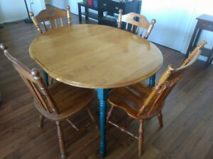 Wooden dining table and 4 wooden chairs- 58X39 and 29ht