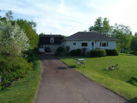 Home for Sale in Amherst Shore NS.