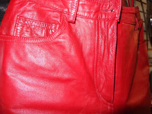 Red Leather ladies pants size 4-   recycledgear.ca Kawartha Lakes Peterborough Area image 8