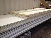 Insulated skirting for mini home