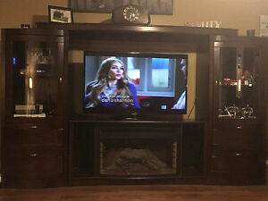 Beautiful Dark Wood TV Entertainment Cabinet