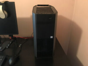 Alienware Aurora R7-Gaming PC $1100 Pick up Only (Tower+Keyboard