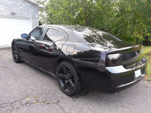 2007 Dodge Charger R/T Road & Track Sedan