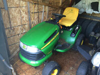 La120 John Deere  lawn tractor with all the bells and whistles