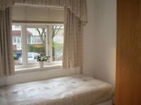 Lovely and beautiful single bedroom to rent in Hendon near Middlesex University Including ALL Bills