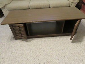 Estate Sale - Coffee table and 3 end tables  - PRICE REDUCED