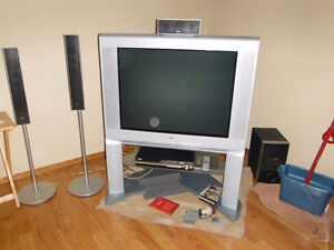 37 inch Sony tube type TV