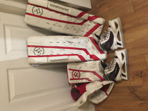 Goalie pads. Size 28+1 glove and blocker and skates size 3re