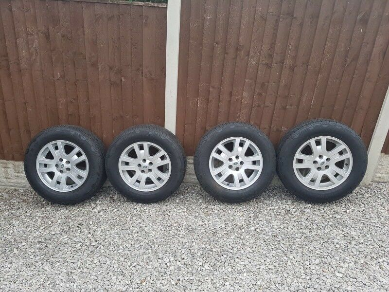 Land Rover freelander 2-2012 alloy wheels and tyres