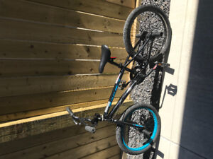 Diamondback Grind Bike