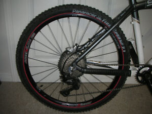 """BONTRAGER RACE X LITE WHEELSET 26"" +TIRES AND ROTORS"