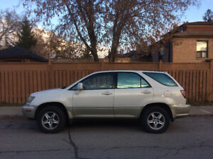 2000 LEXUS RX300 in GREAT shape