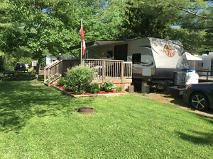 2015 Heartland Trail Runner, 39 ft, Park Model Travel Trailer