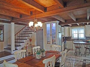 maison a vendre pres de sherbrooke style ancestral par proprio