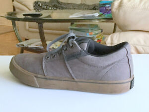 Skating Modern Men's Shoes (s.8,5) Casual Canvas Boys Shoes