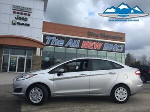 2014 Ford Fiesta SE  ACCIDENT FREE, FUEL SAVER, EASY FINANCE