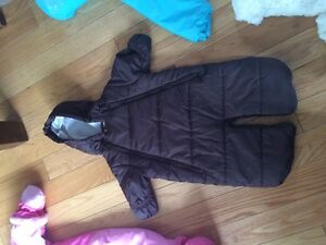 multiple baby items snowsuit clothes Gatineau Ottawa / Gatineau Area image 4