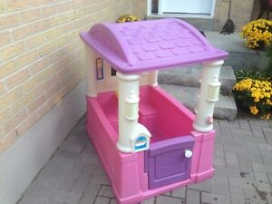 Step 2 pink playhouse