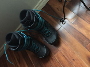 K2 snowboarding boats 50$ firm only used 3 times
